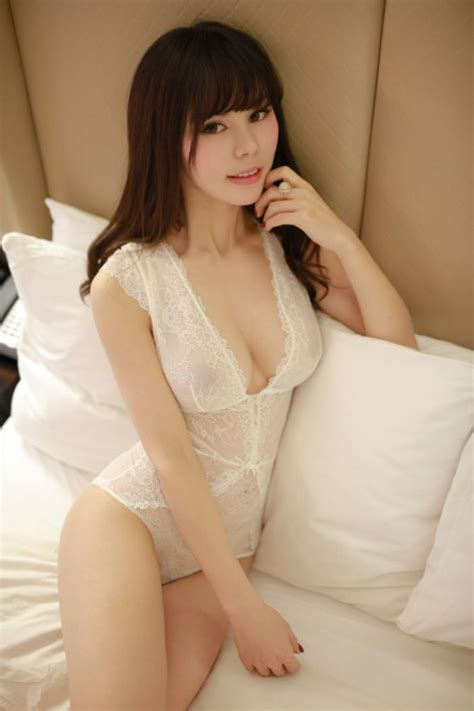 Body Massage Call Girls in Delhi
